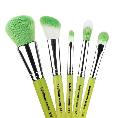 Bedellium Green Bamboo Brushes