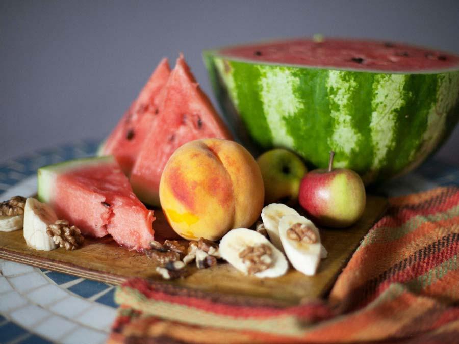 Eat good foods to keep your skin beautiful